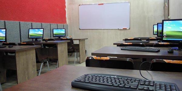 آموزشگاه کامپیوتر و حسابداری اساطیر-هوچین