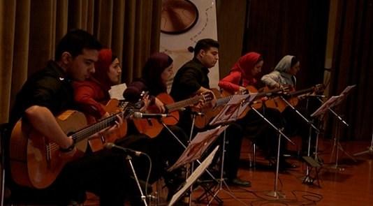 آموزشگاه موسیقی آوادیس جهانشهر کرج- هوچین