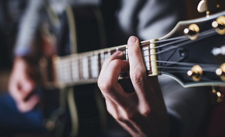 آموزشگاه موسیقی دهلوی، پونک- هوچین