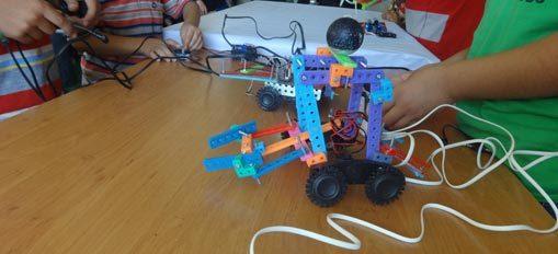 مدرسه رباتیک امیرکبیر-هوچین