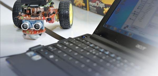 آموزشگاه رباتیک علی احمدی-هوچین