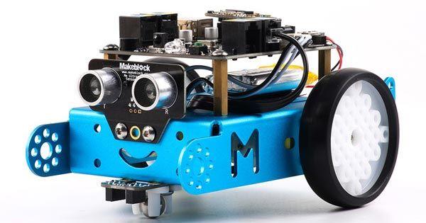 آموزشگاه هوشمند رباتیک خزر-هوچین