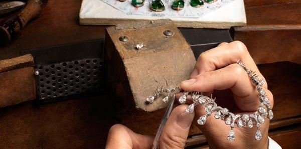 آموزشگاه جواهرسازی نگین خاتم-هوچین