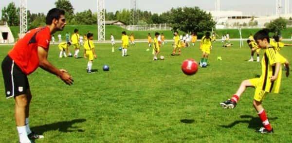 مجموعه ورزشی برق تهران-هوچین