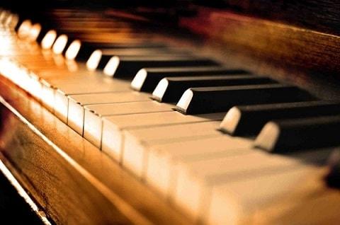 آموزشگاه موسیقی شبدیز در لامرد- هوچین