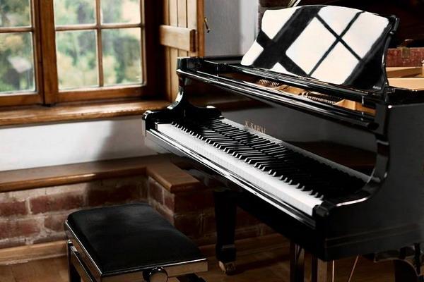 آموزشگاه موسیقی ندای موسیقی-هوچین