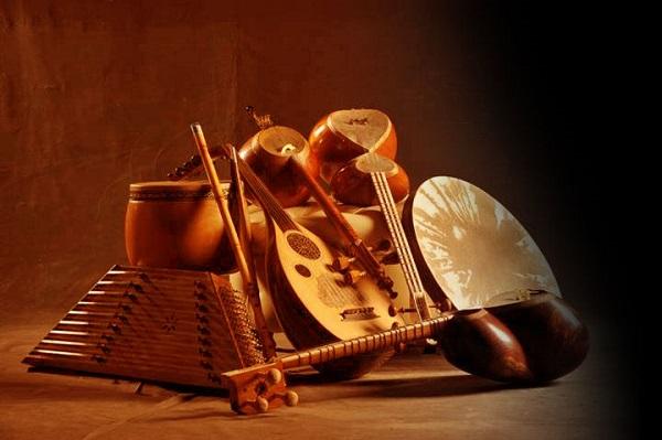 آموزشگاه موسیقی تاج بخش-هوچین